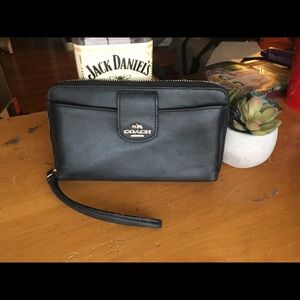 Black Coach Wristlet wallet